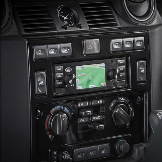 LR115044 - Land Rover Classic Infotainment System in Black